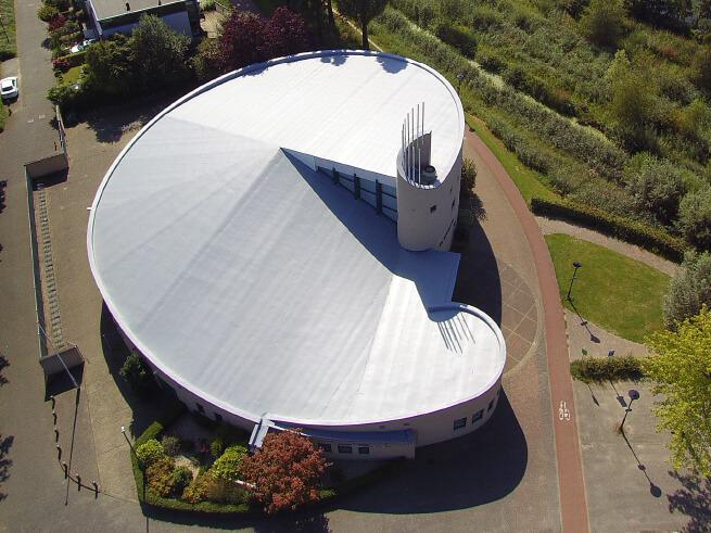 Dakrenovatie kerkgebouw de Lichtkring Amersfoort