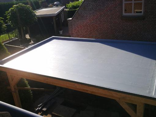 Duurzame dakbedekking op overkapping Wijk en Aalburg