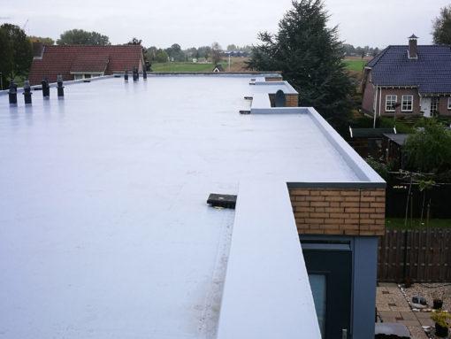 Renovatie dak appartementencomplex Werkendam