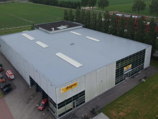 Renovatie dak van groothandel in lederwaren te Oud-Beijerland