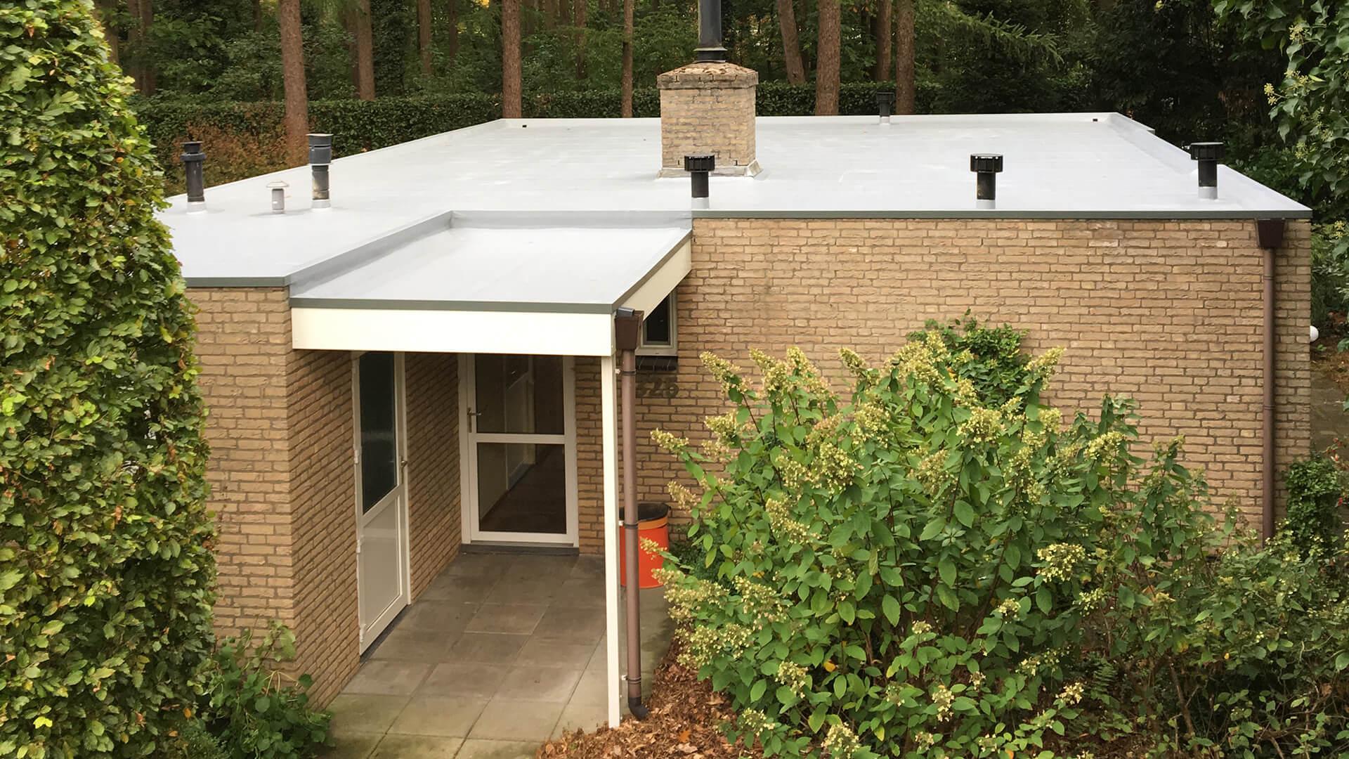Renovatie dak vakantiebungalow Lochem
