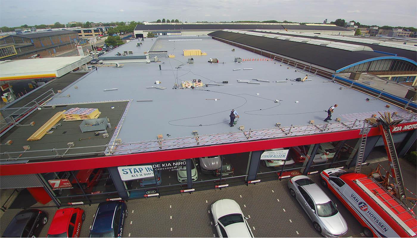 Renovatie dakbedekking autobedrijf Vianen